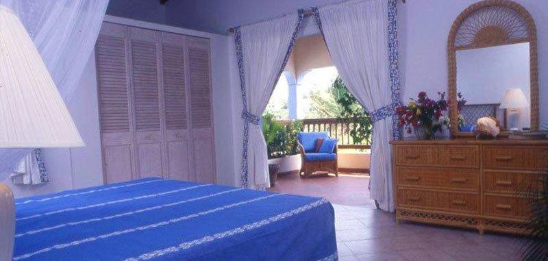Antigua villa 10 05