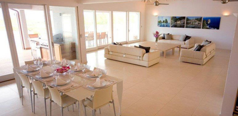 Antigua villa 12 04
