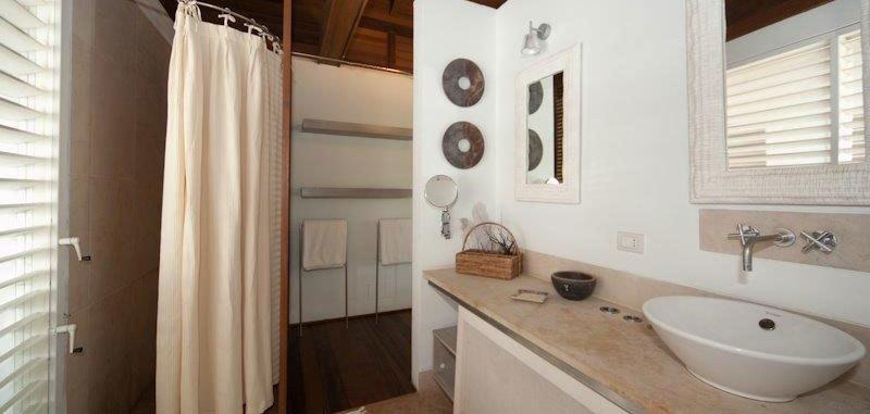 Antigua villa 16 20