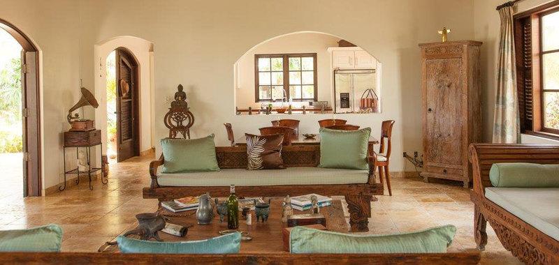 Antigua villa 25 04