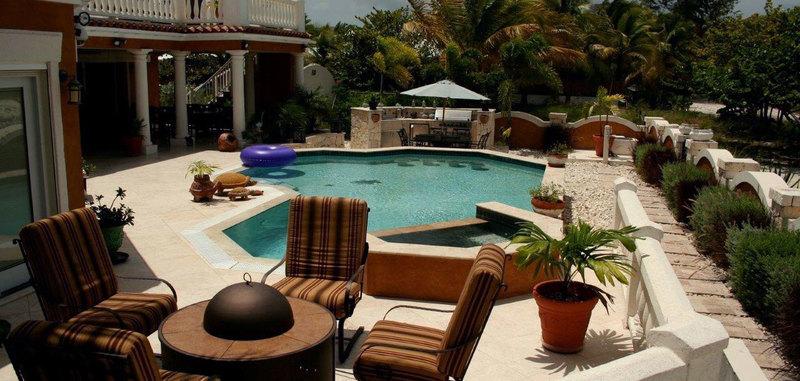 Antigua villa 6 12