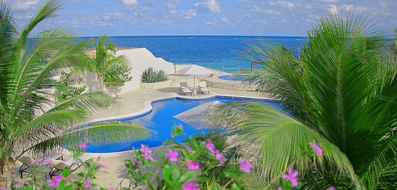 Azul villa carola 23