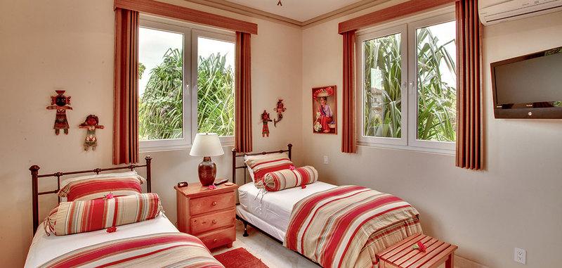 Belize brushstroke villa 15