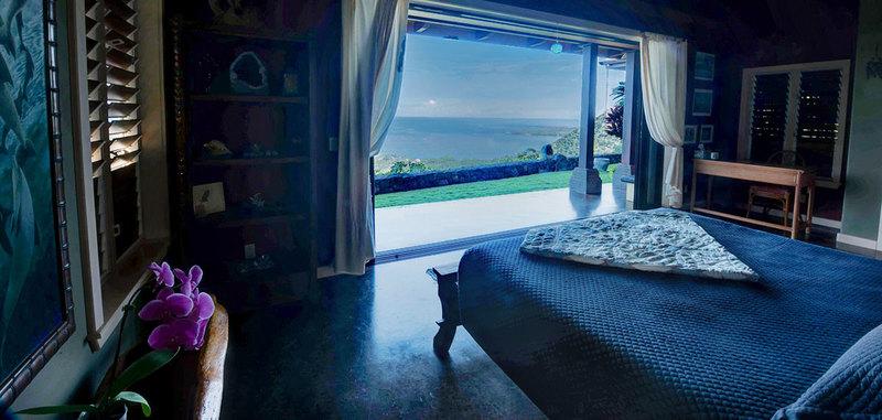 Hawaii dolphin spirit house 16