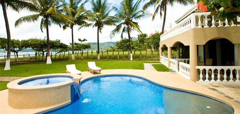 Endless beach 1 3 costa rica my favorite villas for Costa rica villas to rent