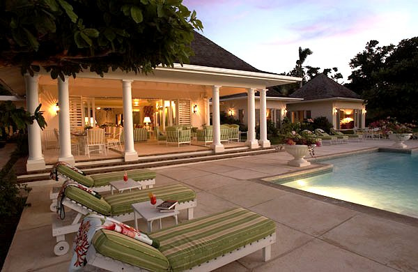 Following seas jamaica villas13