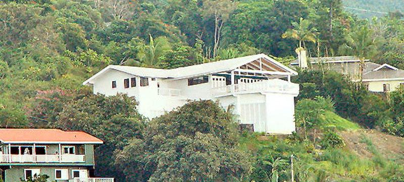 Hawaii kona dolphin house 02