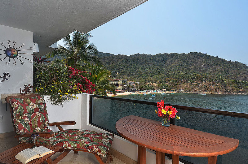 La Jolla de Mismaloya Condo 7106 Villa Rental