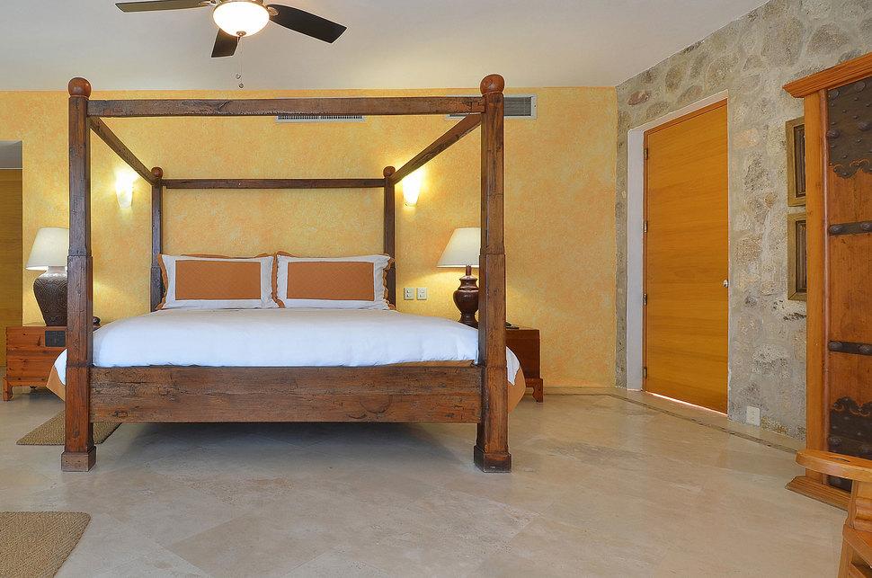 140 clv bed3 03