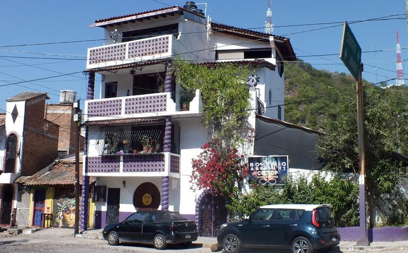 Casa Loto Purpura