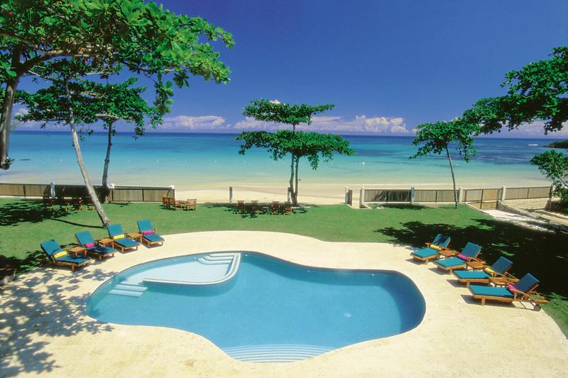 Malatai on the Beach Villa Rental