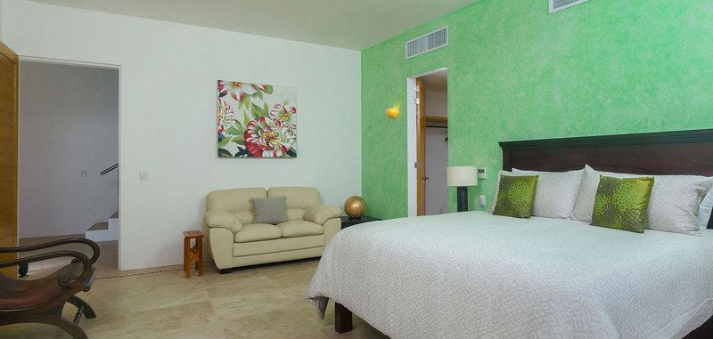Casa mismaloya master bed2 04
