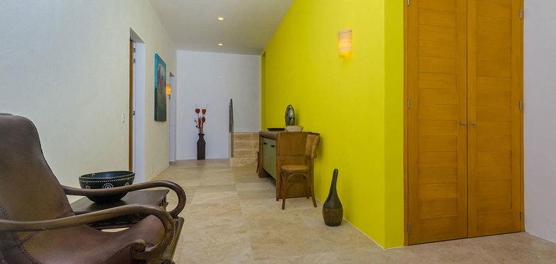 Casa mismaloya stairs 04