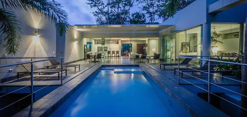 Casa Moderna Villa Rental