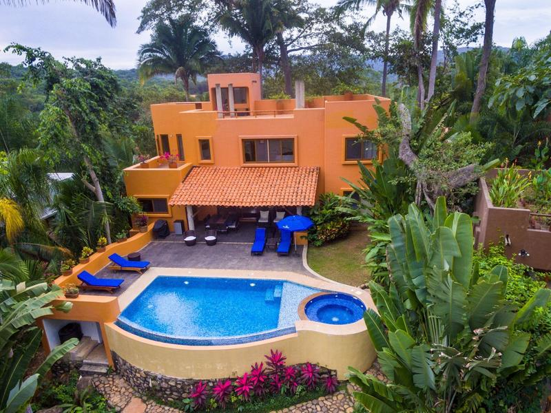 Casa Naranja f