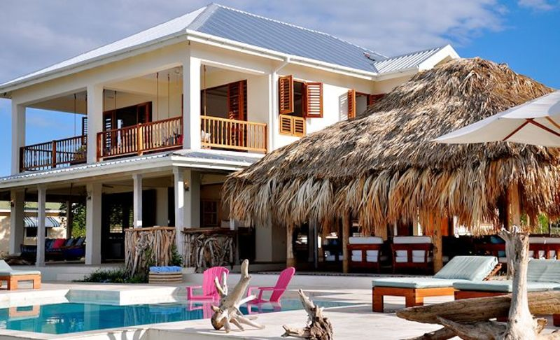 Out of the blue jamaica villas07