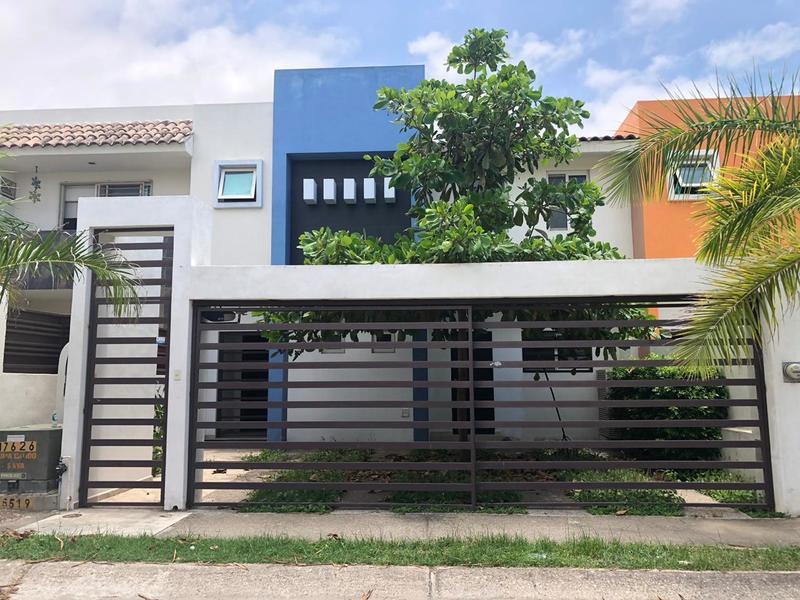 Casa Rio Volga 217